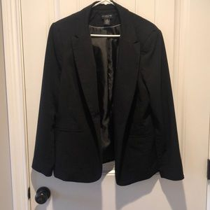 Lovely Black Blazer!!